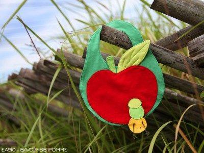 Bavoir Pomme, Poudre de Perlimpinpin, www.LaTribu.shop
