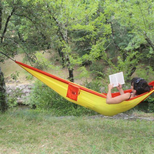 Hamac en toile de parachute, Orange jaune www.latribu.shop
