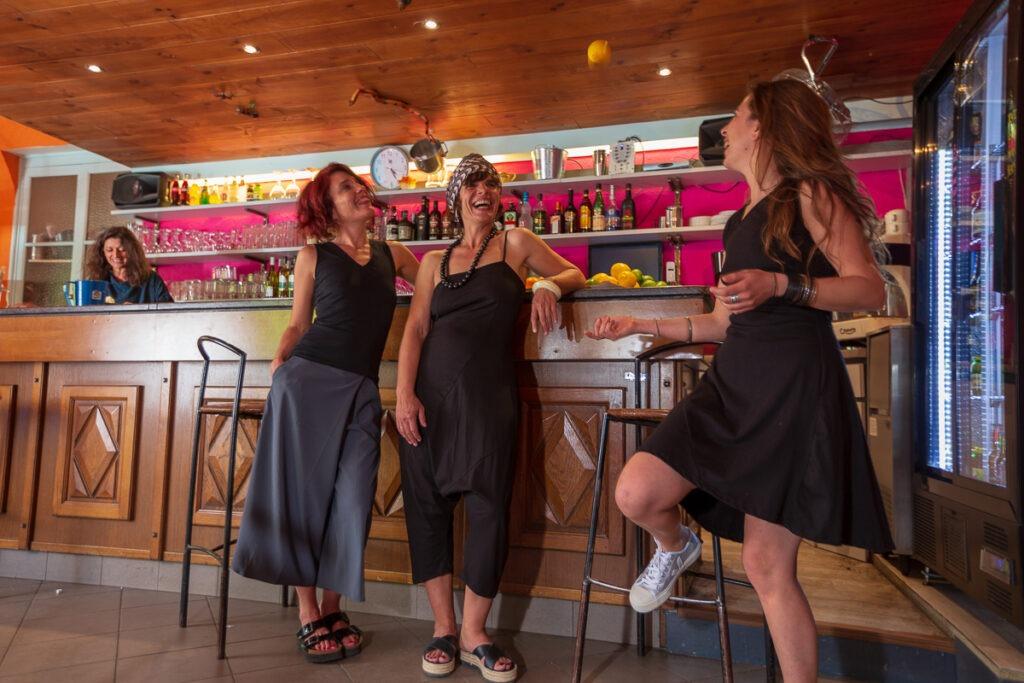 Le Serre de bar, Cathy et les girls, www.LaTribu.shop