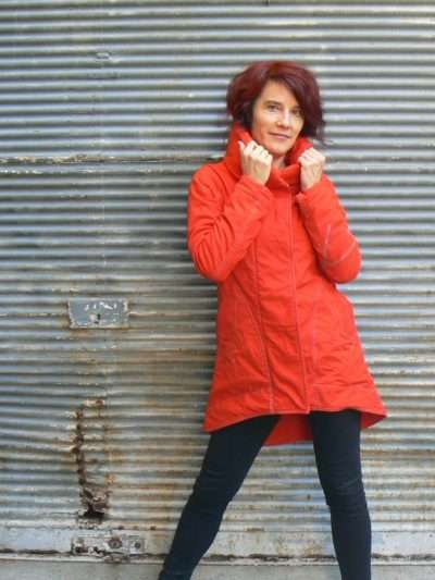 Manteau Kali Yog Cosmos, Red, www.LaTribu.shop
