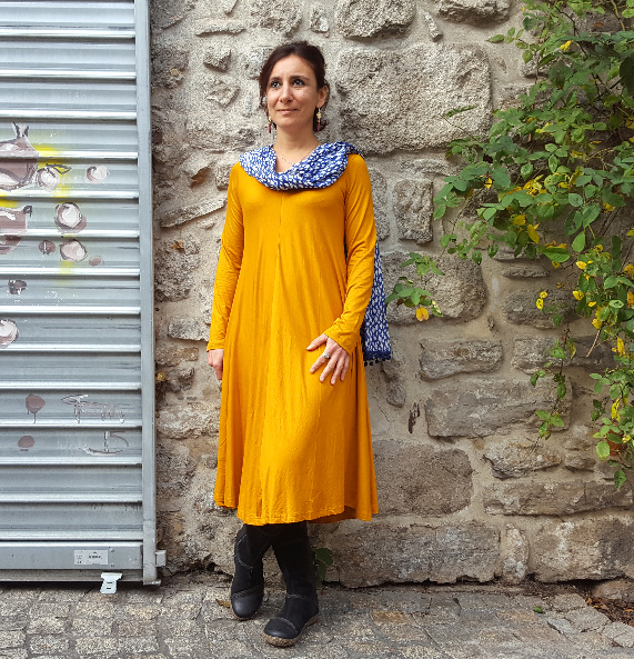 Robe Kali-Yog Tatiana (Mustard), www.LaTribu.shop (1)